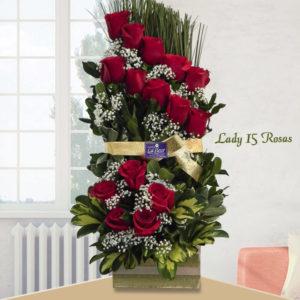 Arreglo Lady de 15 Rosas.