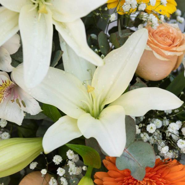 Arreglo Floral Variado Grande - Envío de flores y plantas, Florería La Fleur, Montevideo, Uruguay.